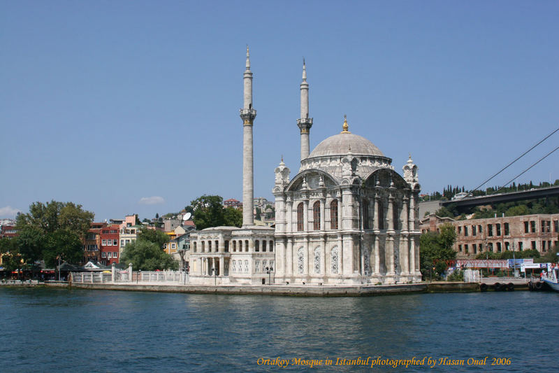 Ortakoy Mosque in Istanbul 2006