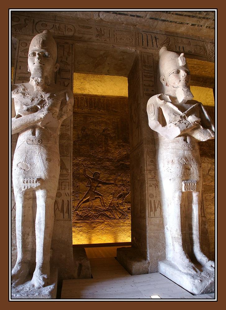Osirisstatuen