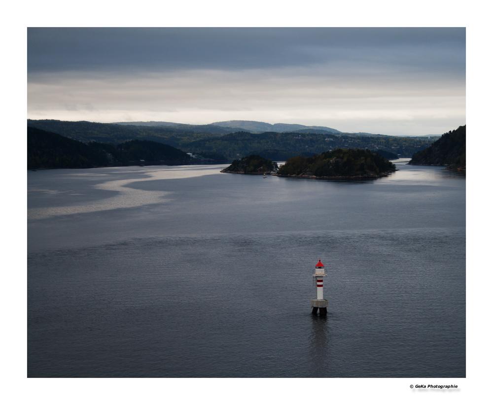 Oslofjord in grau