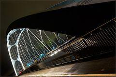 Osthafenbrücke - schräg