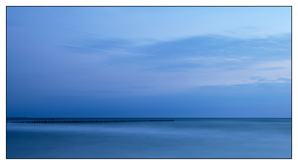 Ostsee zur blauen Stunde ...