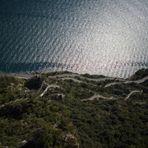 Ostufer Gardasee gegenüber von Malcesine