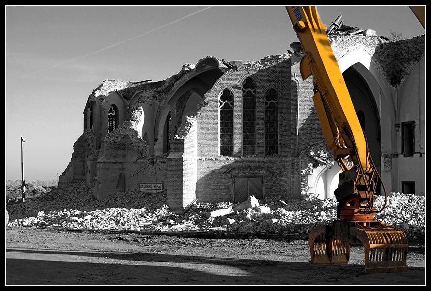 Otzenrath -Die Kirche 2
