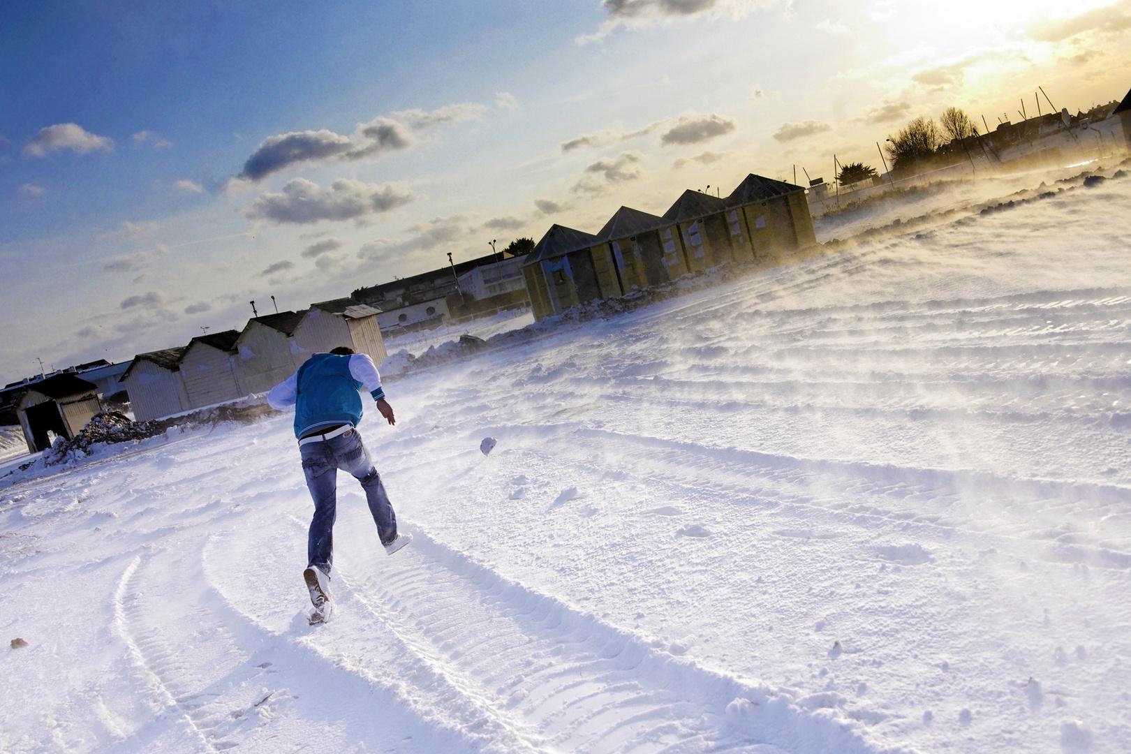 Ouistream beach under this february snow 2