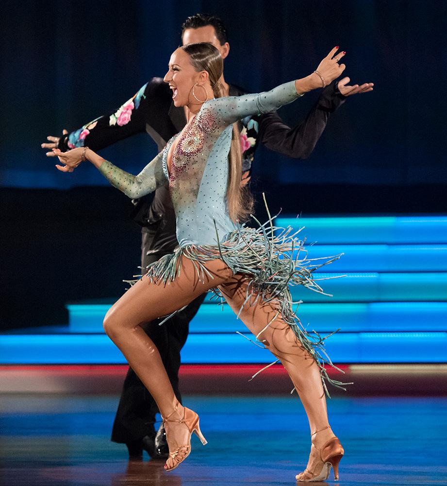 Oxana Lebedev und Ilia Russo bei der Samba (1)
