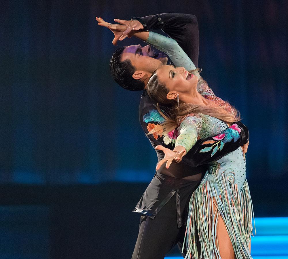 Oxana Lebedev und Ilia Russo bei der Samba (3)