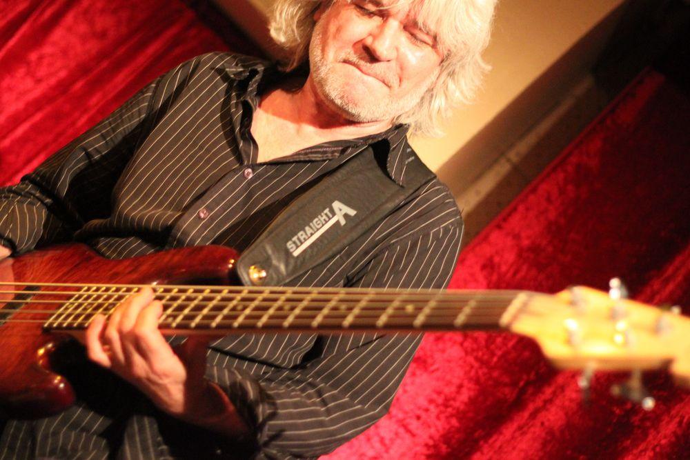 *P* JAZZ Stuttgart Kiste - Geenius Monday 2 mit WS-Bass 2010