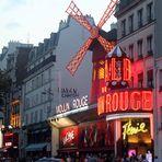 P* PARIS Text2 BUS zur ROTEN WINDMÜHLE