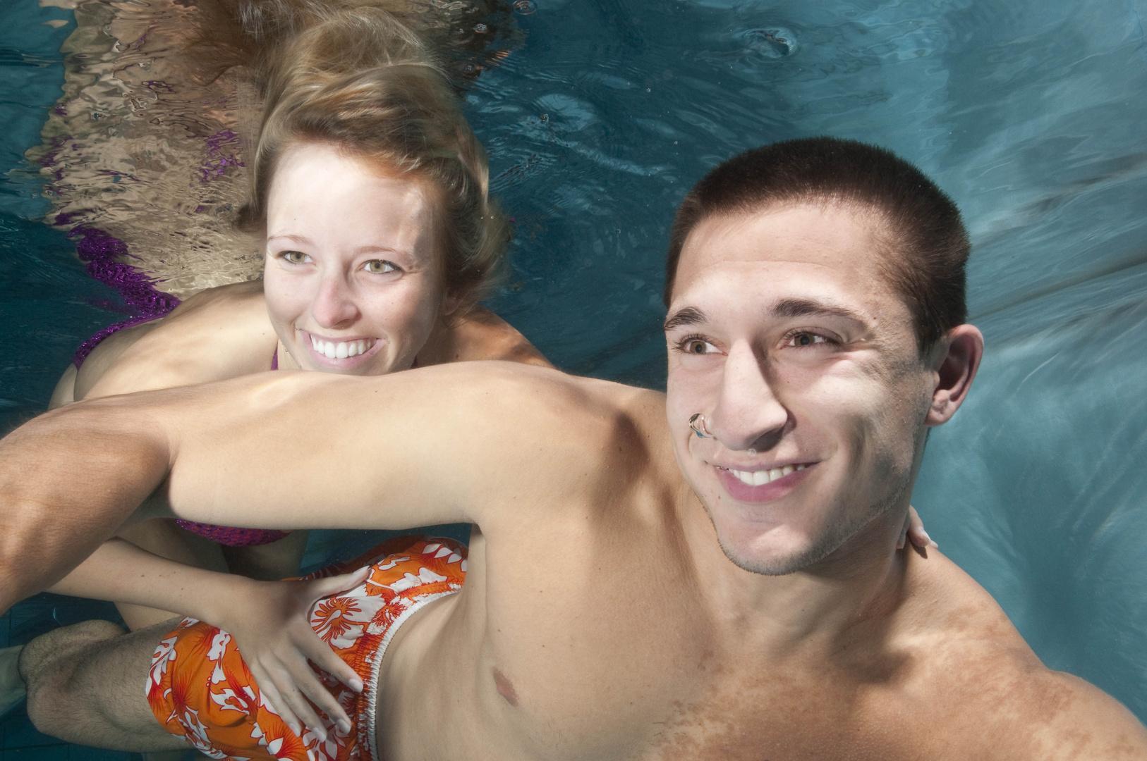 Paar Unterwasser