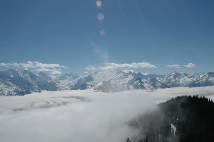paar Wolken im Winter