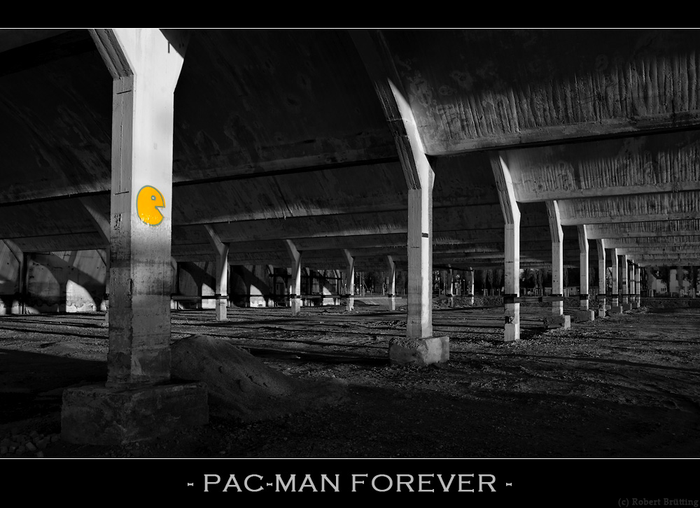 - PAC-MAN FOREVER -