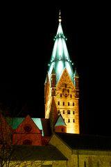 Paderborner Dom zur Adventszeit