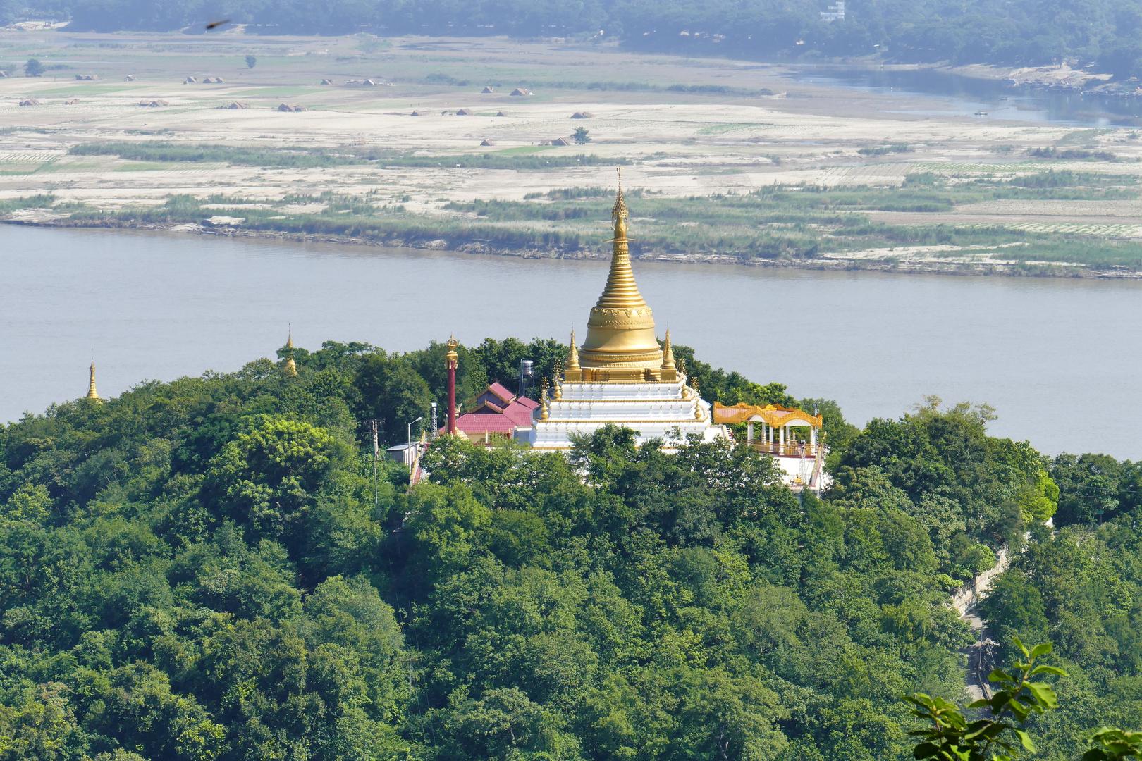 ...Pagoden und die Lebensader Myanmar`s...