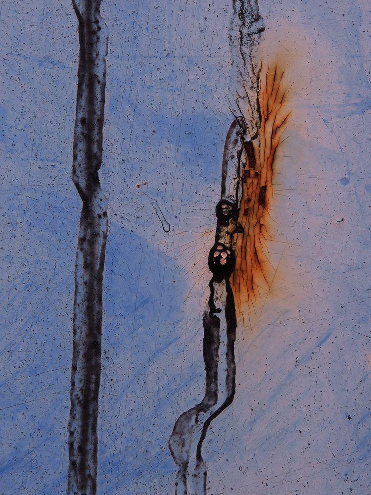 Paint Rust Composition 4