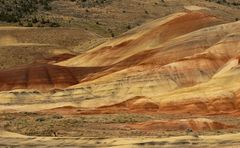 painted hills - vulkanische asche