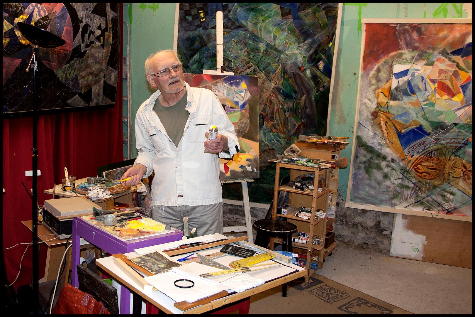 Painter COVY in his studio