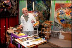Painter COVY in his studio