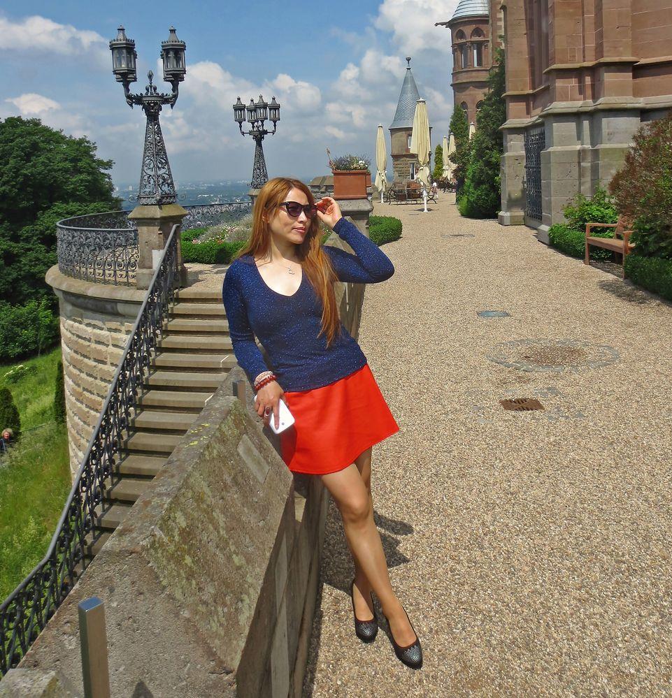 Palace walk-around