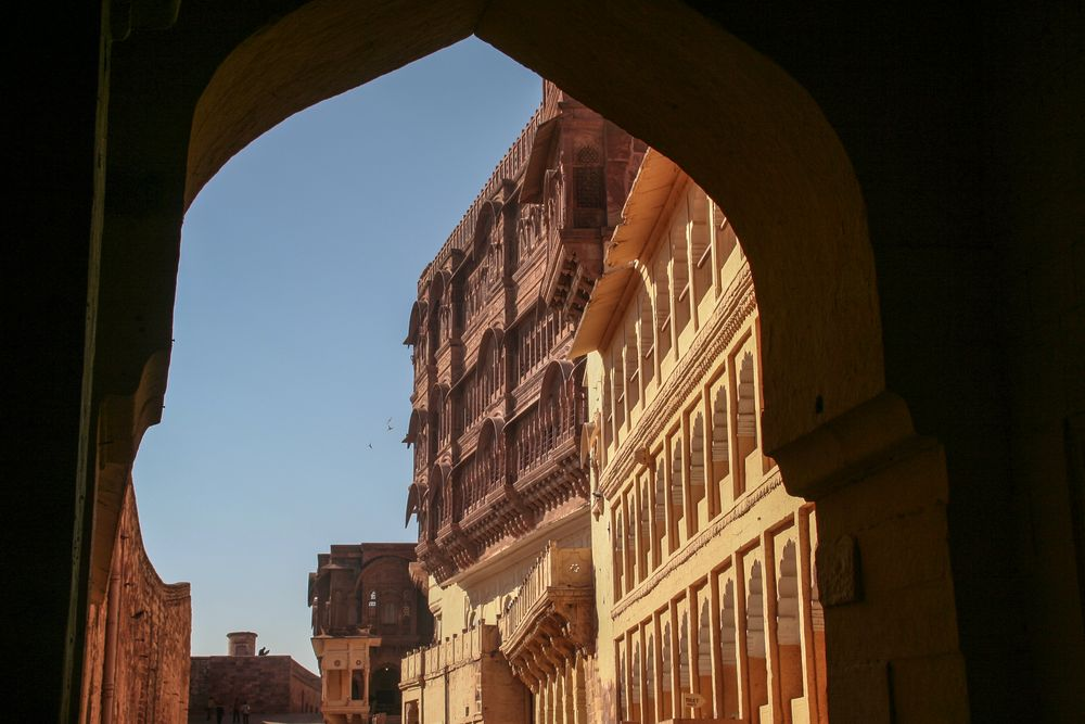 Palast + STORIES Rajasthan India +LINK
