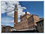 Palazzo Pubblico in Piazza del Campo a Siena