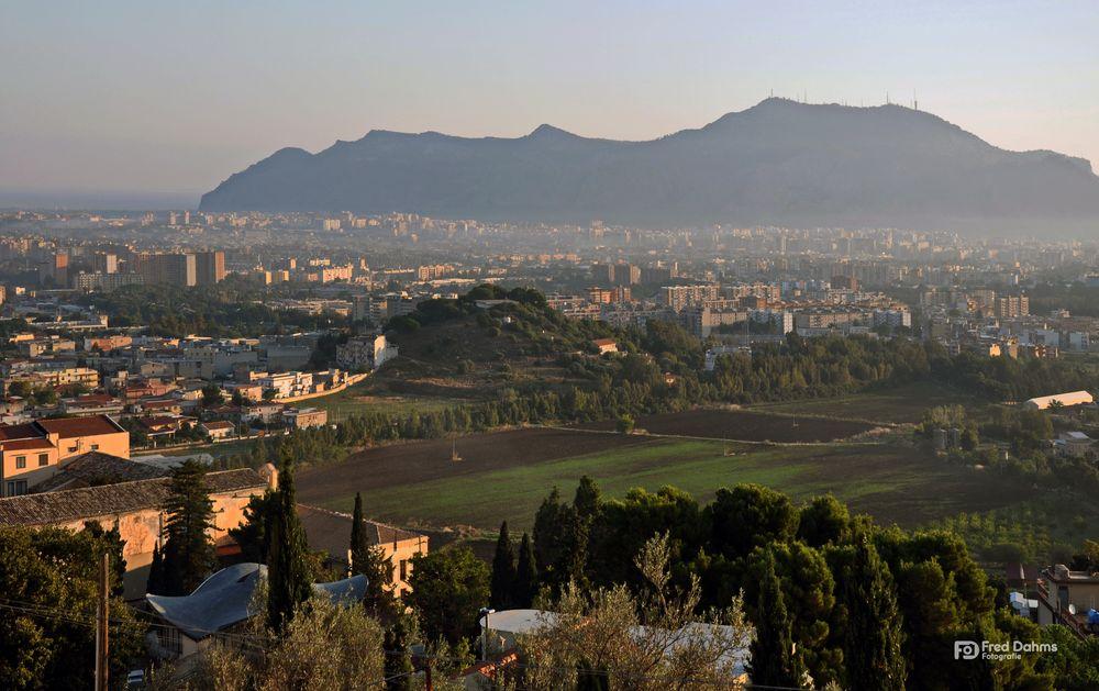 Palermo, die Stadt am Tyrrhenischen Meer