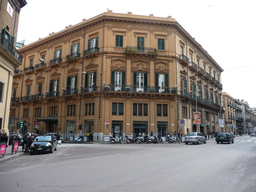Palermo-Ein Eckhaus der Schönheit