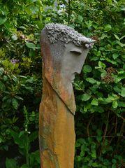 Pan                                                                (Keramik auf Schiefer - Monolith)