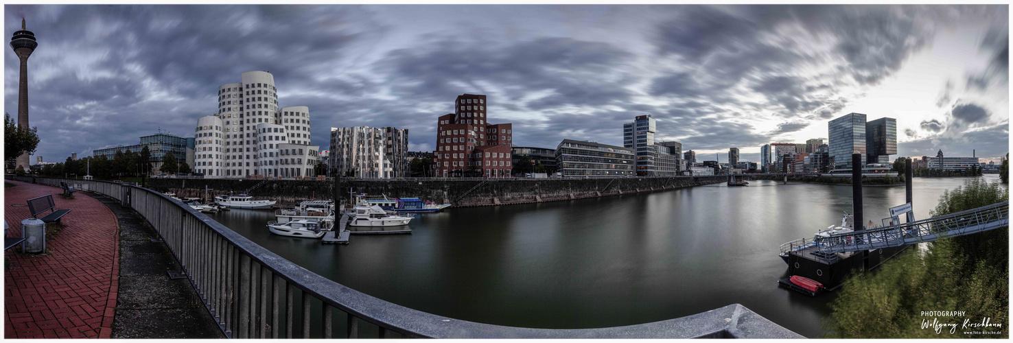Panorama Düsseldorf Medienhafen