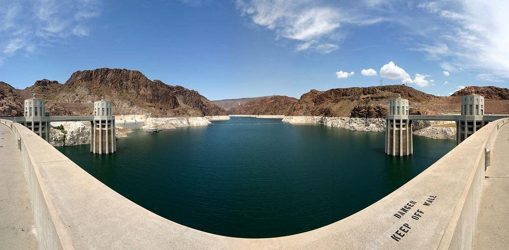 Panorama Hoover Dam...