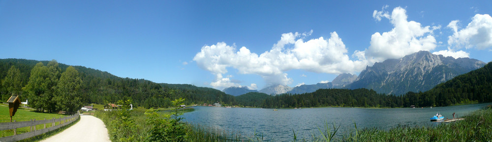 Panorama vom Lautersee nahe Mittenwald