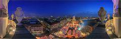 Panorama Weihnachtsmarkt auf dem Gendarmenmarkt