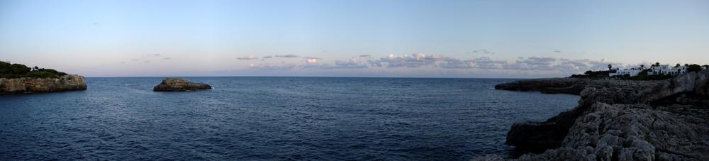 Panoramablick auf´s Mittelmeer...