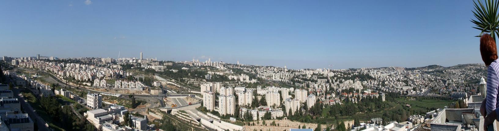 panoramablick von der dachterrasse eines freundes auf jerusalem