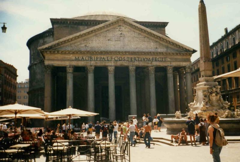 Pantheon, Italien