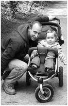Papa Robby und seine kleine Tochter Paula