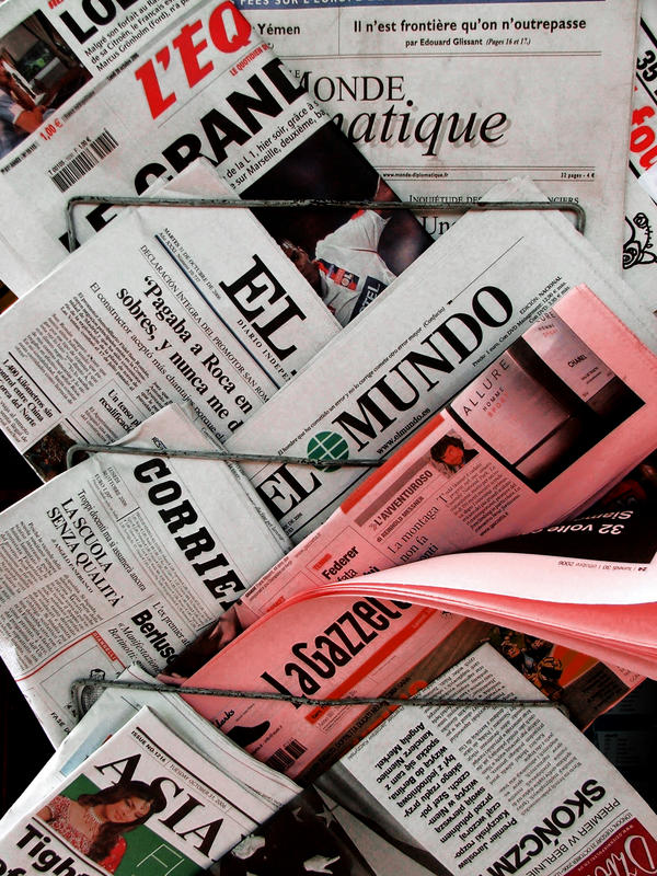 Papers, Newspapers, Disasters