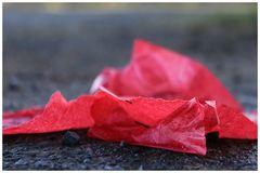 Papier (Taschentuch)