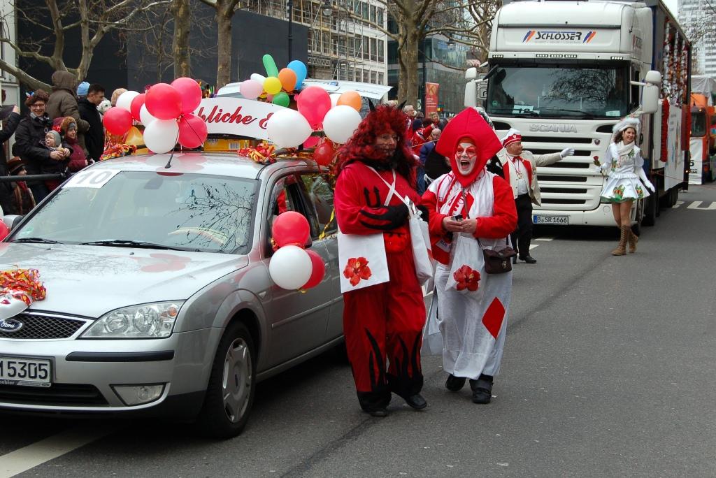 Parade über den Kurfürstendamm