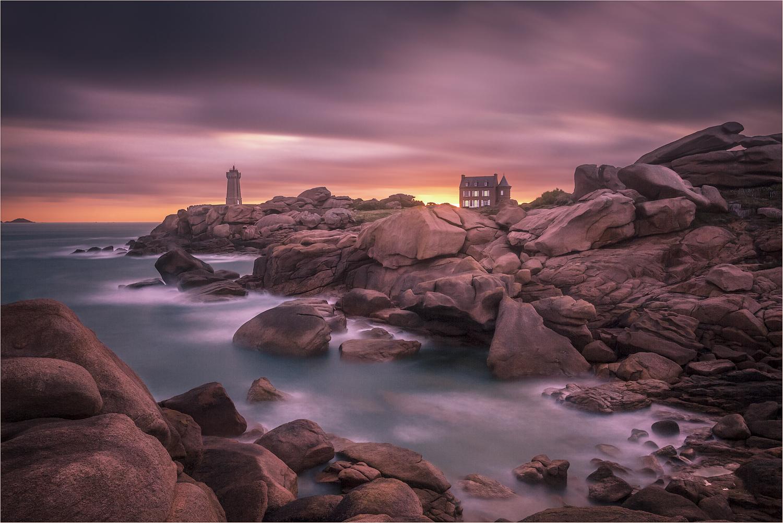 Paradiselighthouse