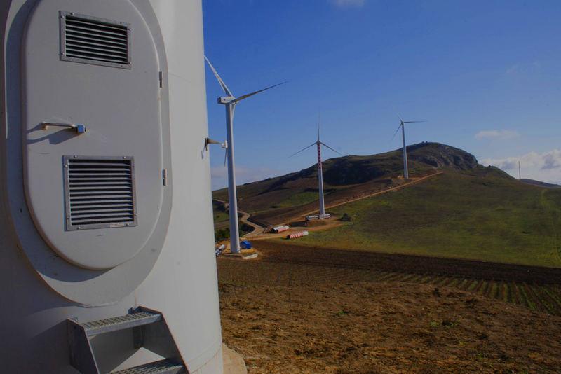 parco eolico in costruzione