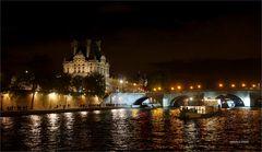 PARIS Blick auf den Louvre