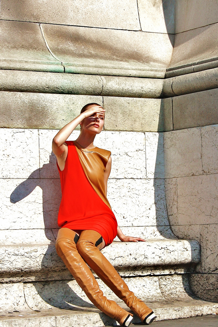 Paris Glamour by  Paris Urban Shootins )