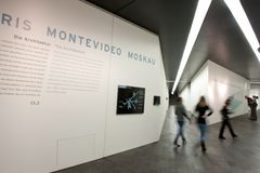 Paris - Montevideo - Moskau ...