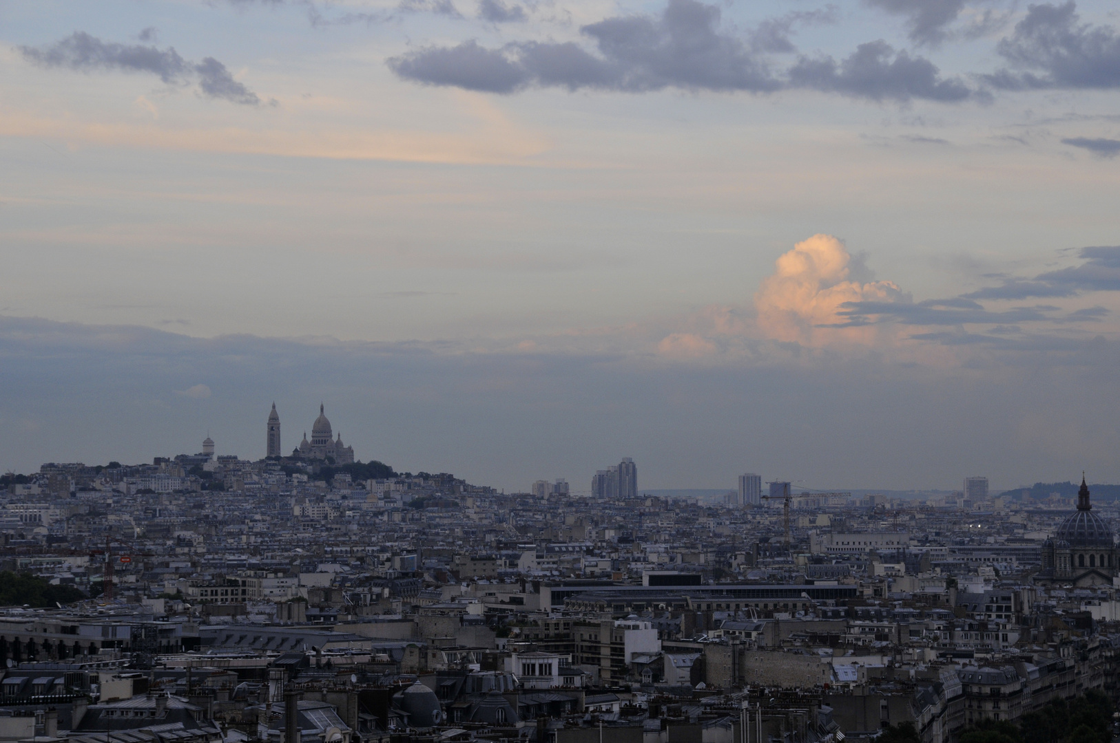 Paris: Montmartre mit der Basilique du Sacré-Cœur