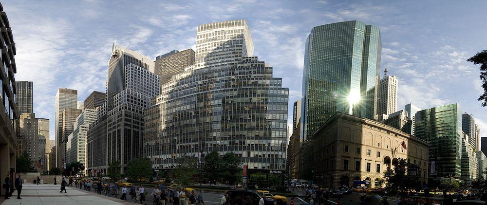 Park Avenue / 52nd Street