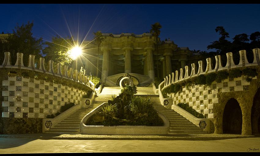 Park Güell Barcelona menschenleer...