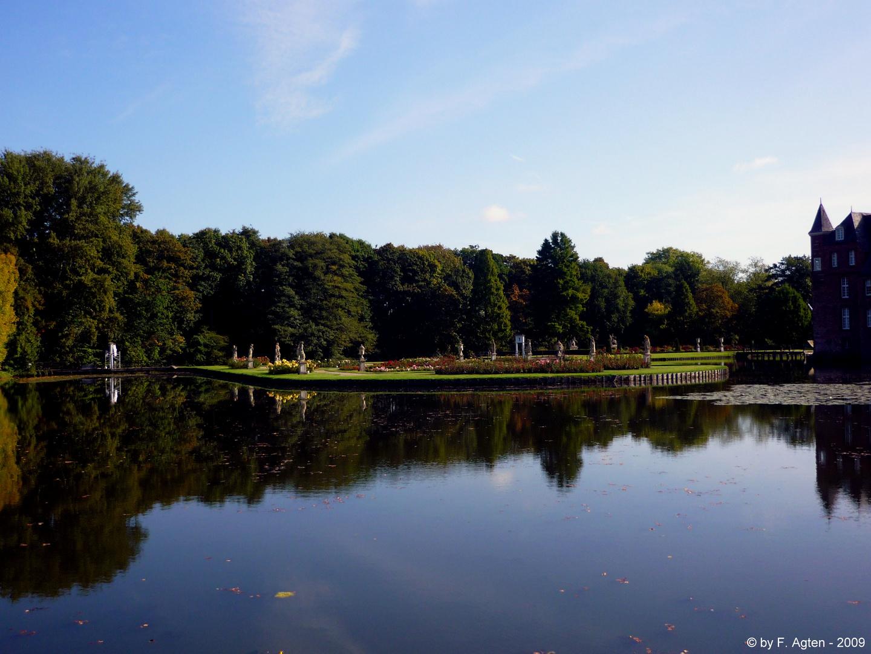 Parkanlage der Wasserburg Anholt