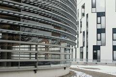 Parkhaus u. Bankgebäude