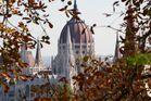 Parlament bei Herbst