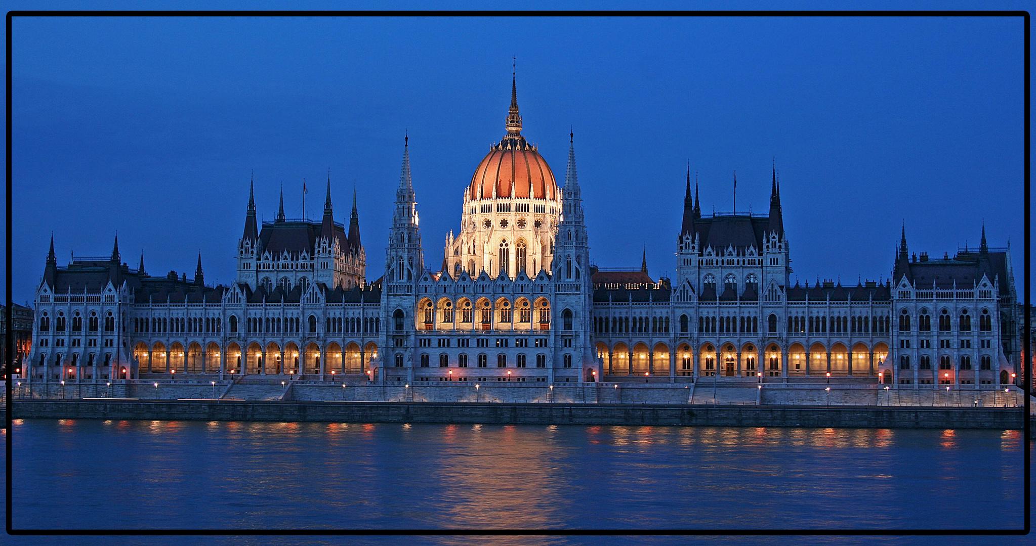 Parlament / Budapest